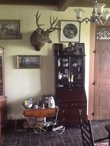 Dining room at Langtoft Manor